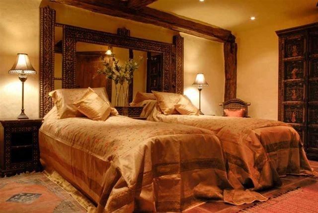 barn-downstairs-bedroom
