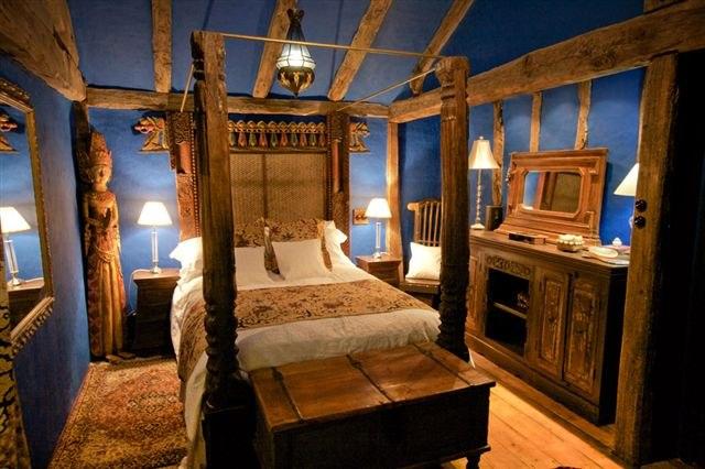 coach-house-blue-bedroom