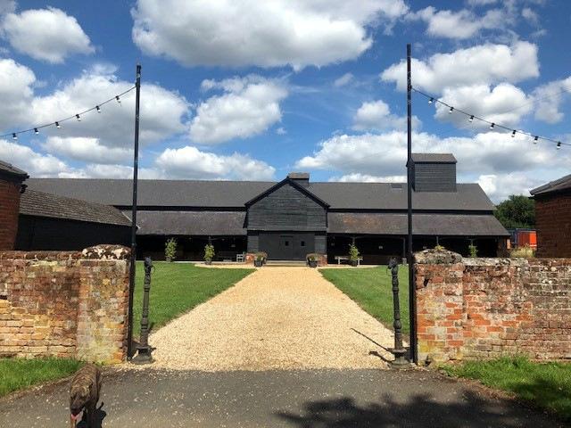 long-barn-double-doors
